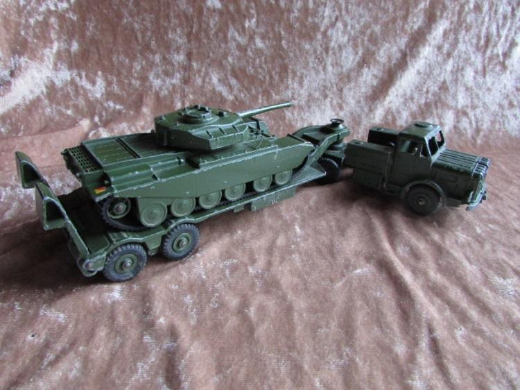 dinky toy 651 660 centurion en transporter Centurion tank Dinky